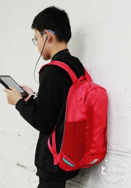 轻简实用 减震耐磨de早风户外防泼水小背包第1张图_手机中国论坛